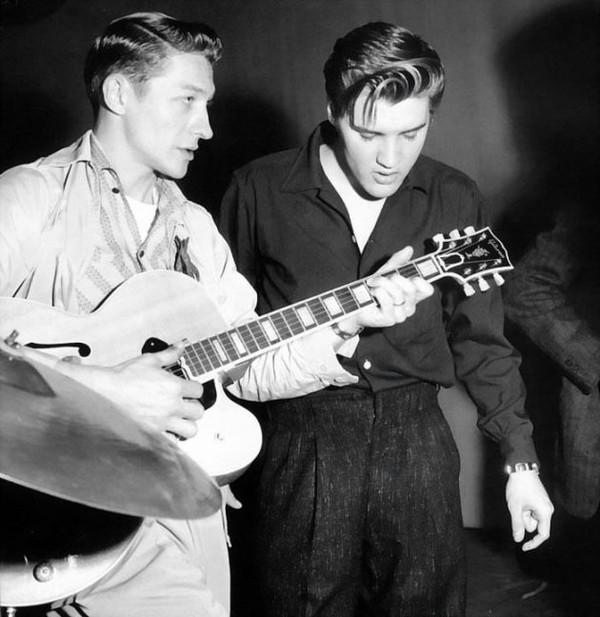 Elvis Presley - Page 2 4c035af3