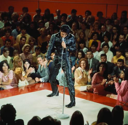Elvis Presley - Page 2 A8845cbe
