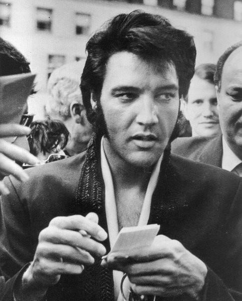 Elvis Presley - Page 4 Ab6a9b79