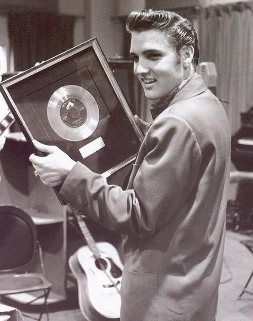 Elvis Presley - Page 4 Cf90bc67