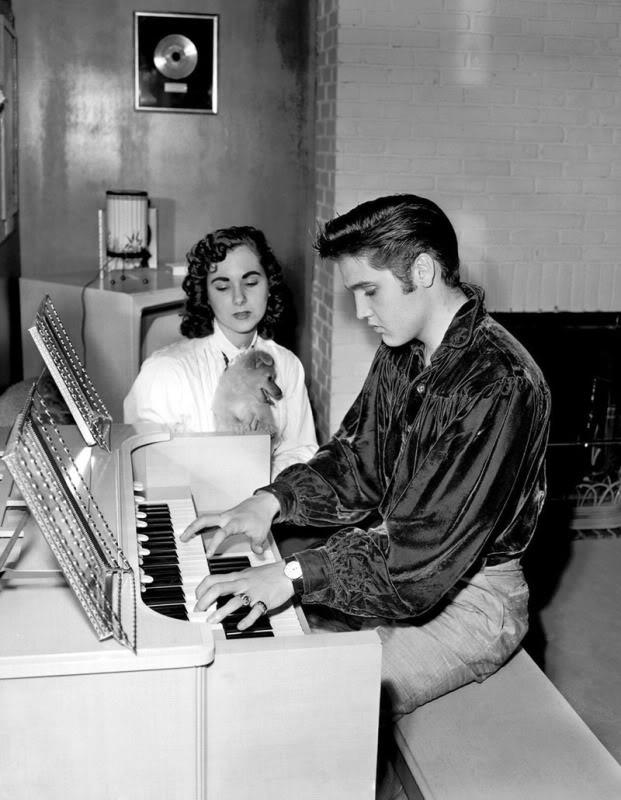 Elvis Presley - Page 4 Nenq5r0f